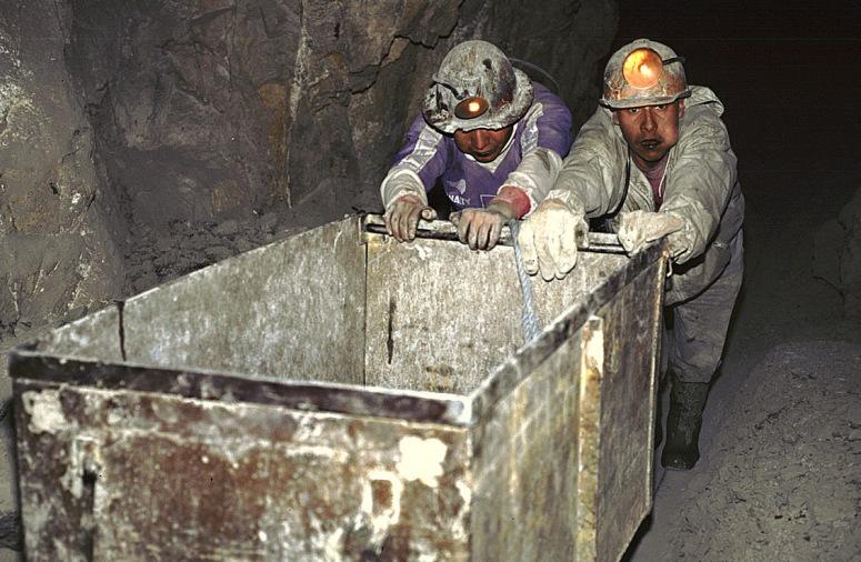 mines-potosi-bolivie.jpg